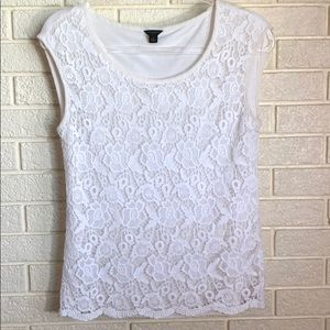 Ann Taylor sleeveless lace top. White. Size Small